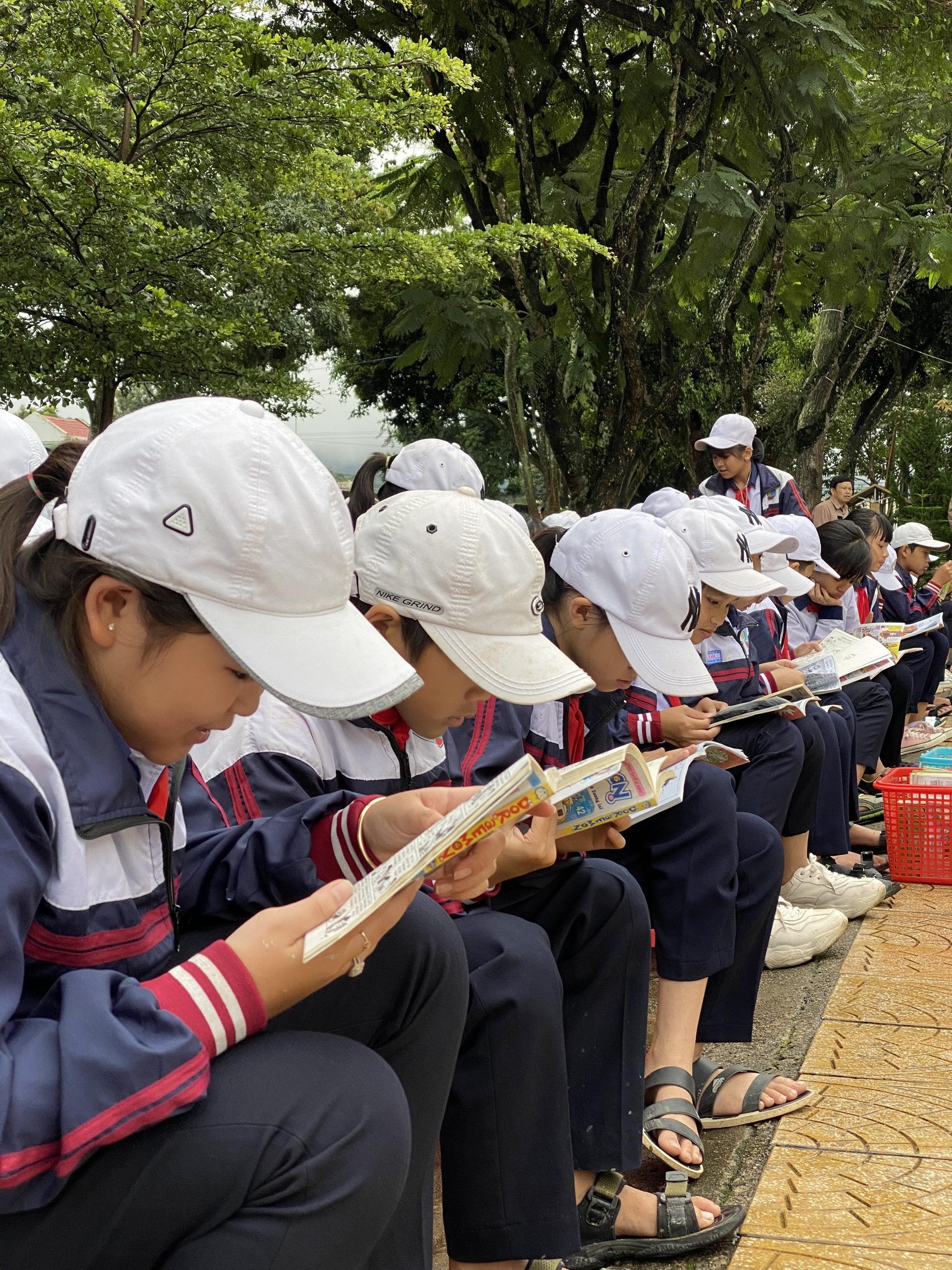 Ngày Hội Đọc Sách 7/10/2020. Hưởng Ứng Tuần Lễ Học Tập Suốt Đời.